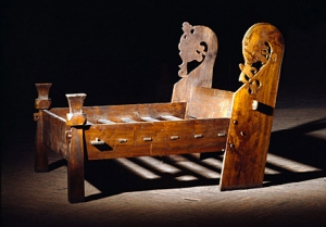 oseberg-viking-bed
