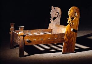 oseberg-viking-bed